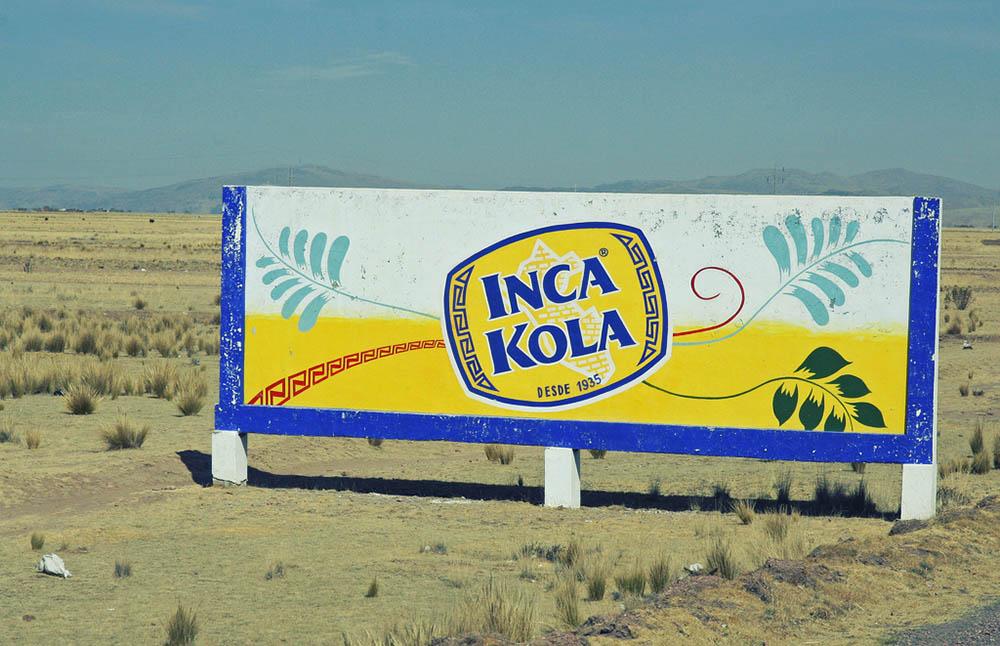 Les couleurs de l'Inca Kola sont présentes absolument partout !