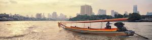 Bateau sur la Chao Phraya à Bangkok en Thaïlande