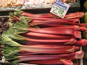 Rhubarbe sur un marché