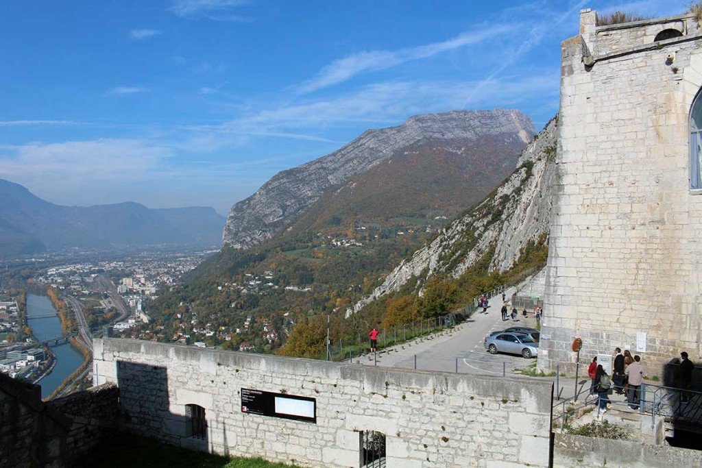 grenoble-bastille-parking