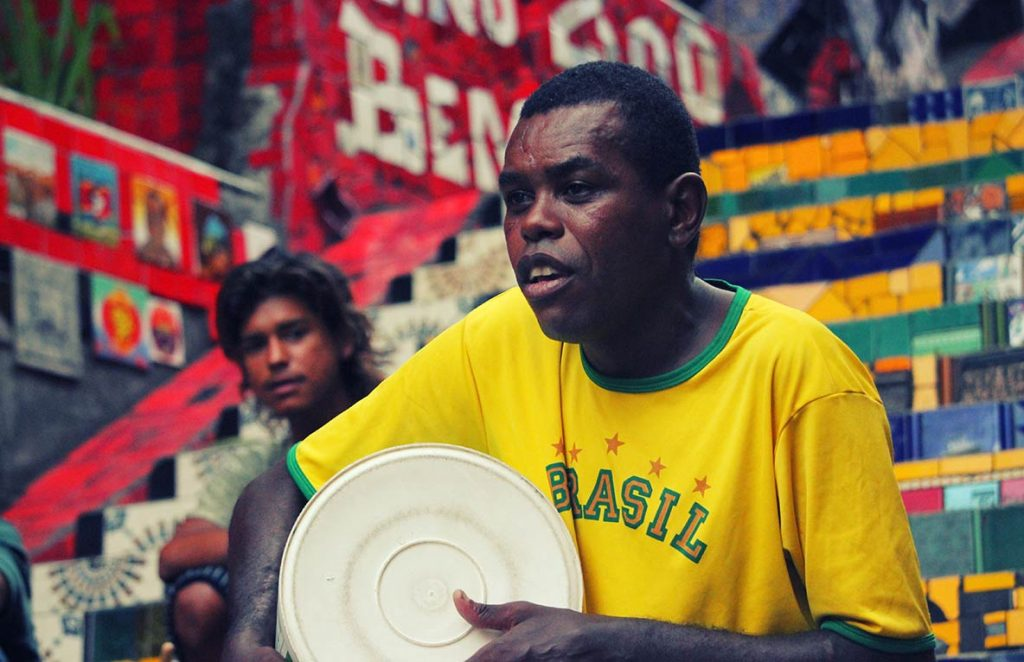 musicien brésilien à Rio