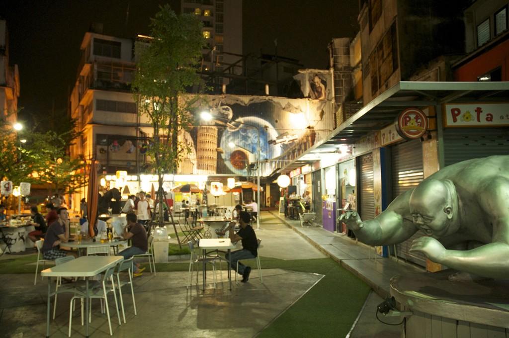 beer-garden-phra-khanong-bangkok