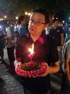 Jérôme fêtant Loy Kratong à Bangkok